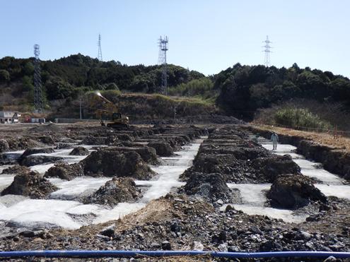 ペレット棟基礎工事 2014/3/3 撮影 この上に木質ペレット製造工場が建てられます。